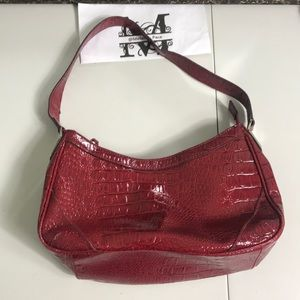 Liz & co red alligator pattern purse